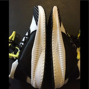 Puma Black x Yellow 8.5